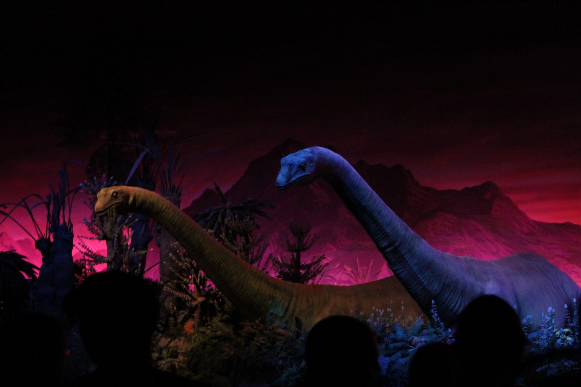epcot - dinosaurs